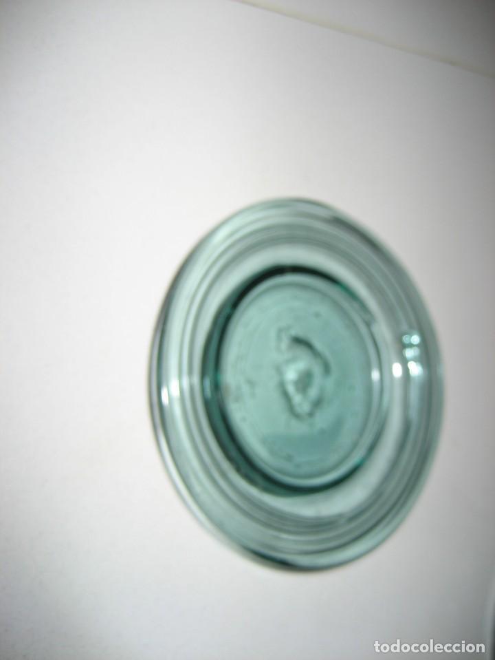 Antigüedades: precioso portaplatos platos pequeños plato vidrio soplado mallorquin ? soporte metalico platero - Foto 8 - 217943528
