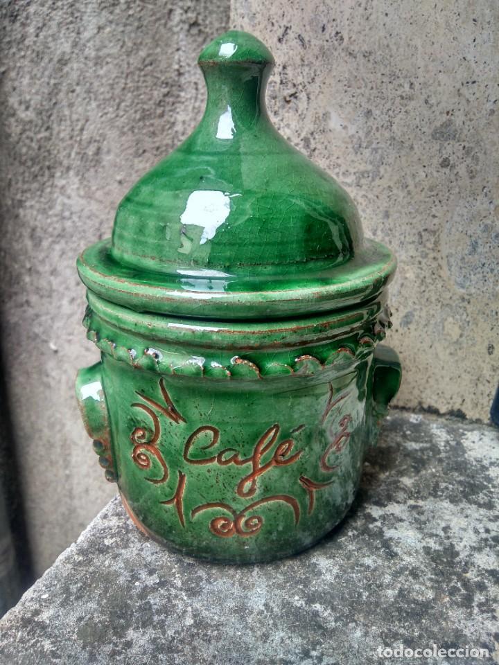 CERÁMICA UBEDÍ - PUCHERO U ORCILLA EN VIDRIADO VERDE - PARA CAFÉ - ALFAR ALAMEDA, ÚBEDA, JAÉN (Antigüedades - Porcelanas y Cerámicas - Úbeda)