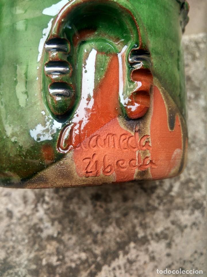 Antigüedades: CERÁMICA UBEDÍ - PUCHERO U ORCILLA EN VIDRIADO VERDE - PARA CAFÉ - ALFAR ALAMEDA, ÚBEDA, JAÉN - Foto 3 - 218006780