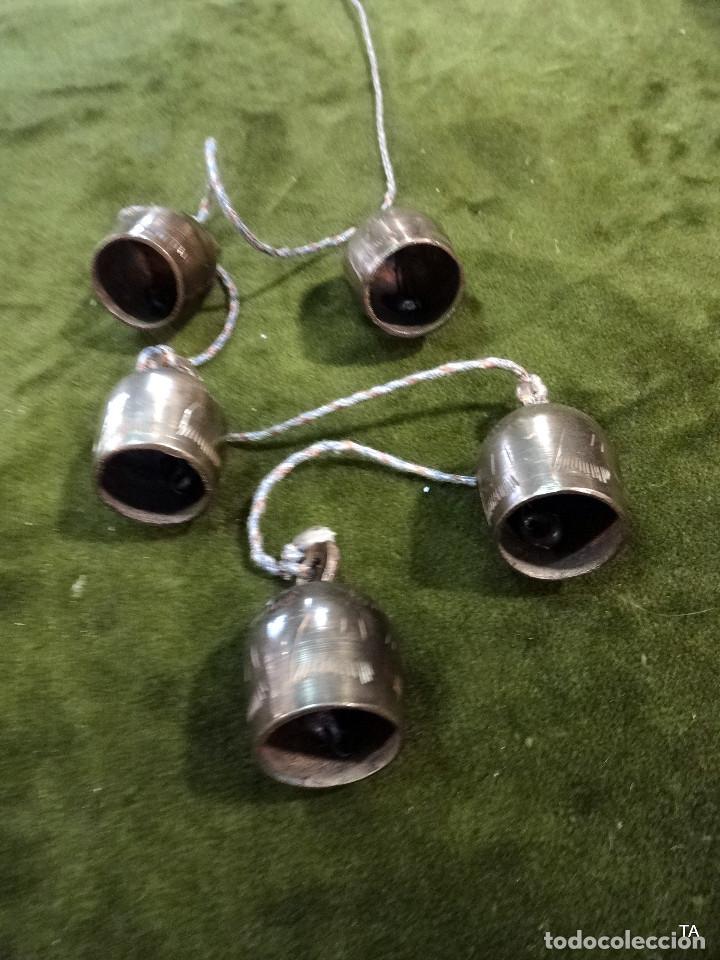 Antigüedades: ristra de cascabeles o campanas - Foto 4 - 218083960