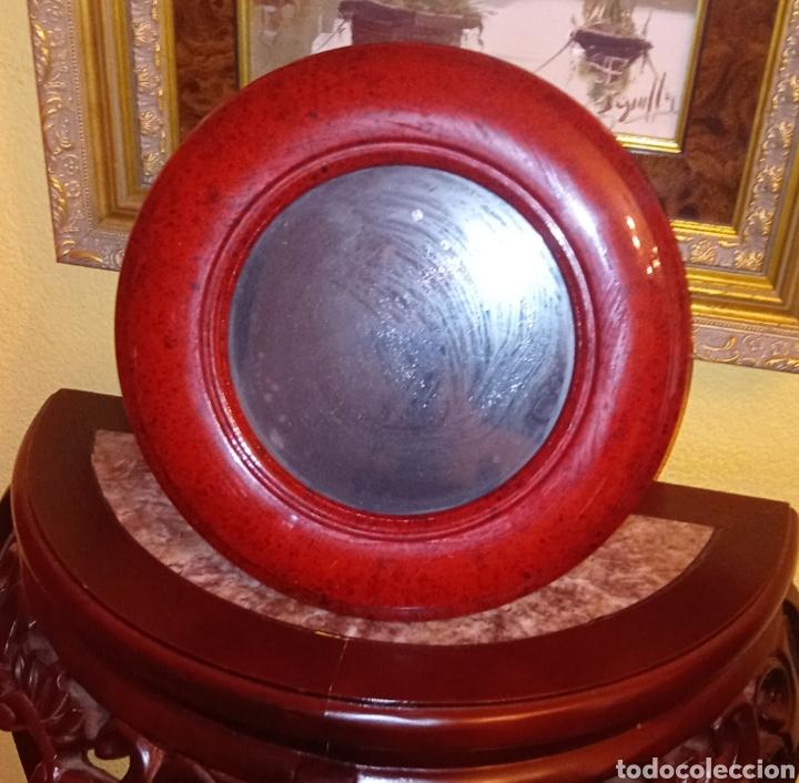 Antigüedades: PORTARETRATO - MARCO PORTAFOTO DE MADERA LACADA Y SOPORTE DE BRONCE - DE CALIDAD - Foto 3 - 218105916
