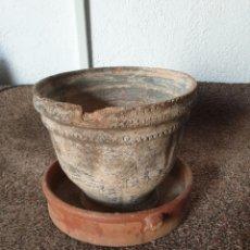 Antigüedades: ANTIGUA MACETA DE BARRO SIGLO XVLLL. Lote 218106130