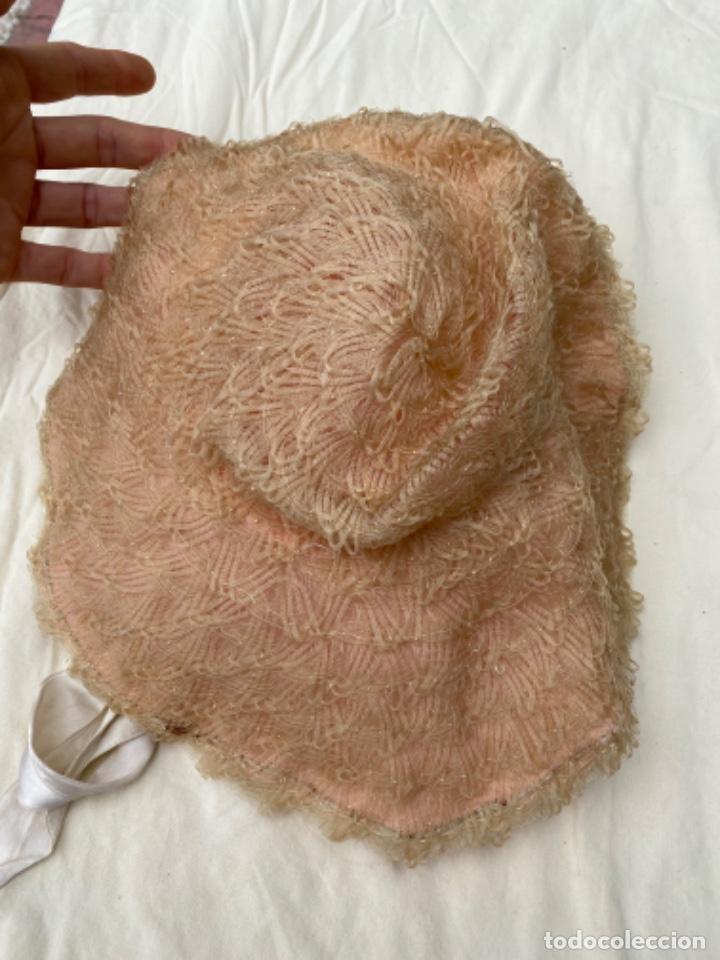 Antigüedades: Antiguo y curioso sombrero pamela infantil trenzado naylon lver fotos - Foto 5 - 218114251