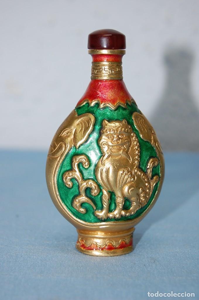 BOTELLA PERFUMERO SNUFF EN METAL (Antigüedades - Hogar y Decoración - Otros)