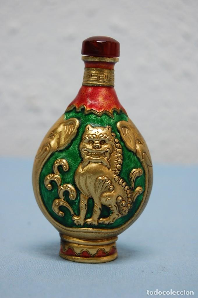 Antigüedades: BOTELLA PERFUMERO SNUFF EN METAL - Foto 2 - 218153530