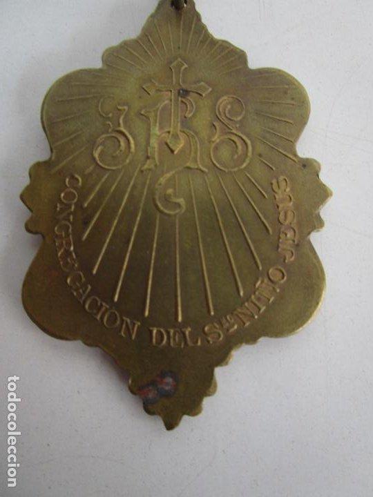 Antigüedades: Medalla Religiosa - Dejad que los Niños se Acerquen a Mi - Congregación del Niño Jesús - Foto 6 - 218191518