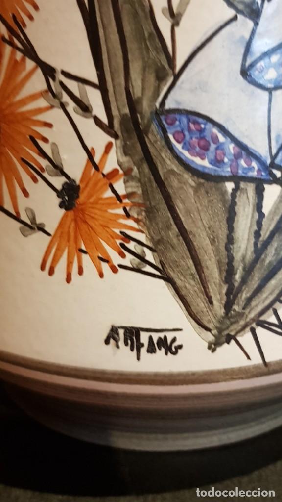 Antigüedades: MUY BONITO JARRÓN FLORERO EN CERÁMICA ESMALTADA / FIRMADO /ART FANG/ 25 CM ALTO X 10 CM Ø. PERFECTO. - Foto 3 - 218235562