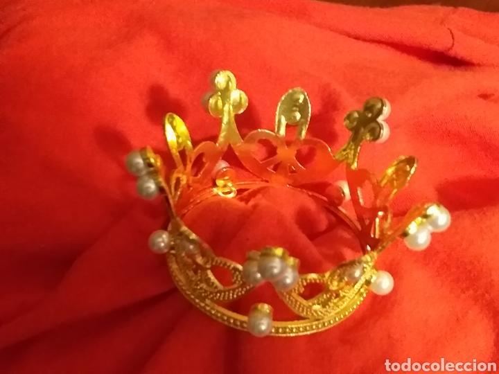 Antigüedades: Corona de metal dorado y perlas - Foto 3 - 245119545
