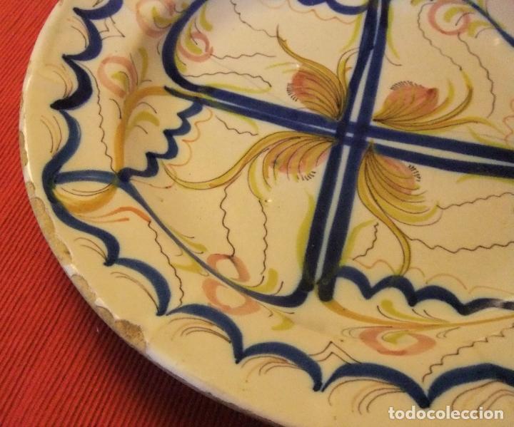 Antigüedades: MUY ANTIGUO PLATO DE CERÁMICA DE TALAVERA LAÑADO - Foto 3 - 218267142
