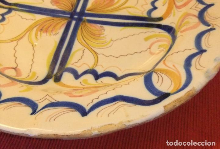 Antigüedades: MUY ANTIGUO PLATO DE CERÁMICA DE TALAVERA LAÑADO - Foto 5 - 218267142