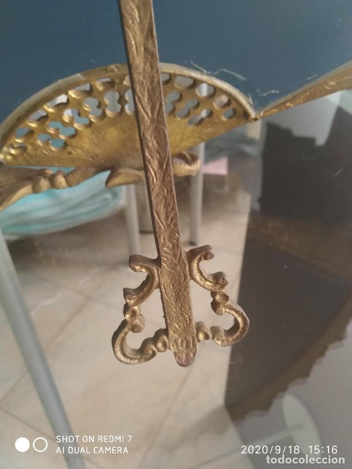 Antigüedades: Antiguo espejo abanico bronce - Foto 6 - 218279667