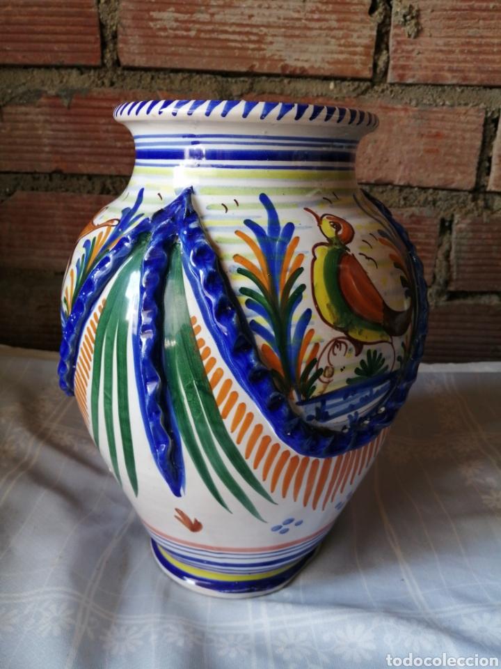 Antigüedades: Jarrón grande de ceramica Talavera - Foto 2 - 218288598