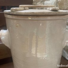 Antigüedades: DE COLECCIÓN ANTIGUA QUESERA EN CERÁMICA DE FAJALAUZA. Lote 218295478