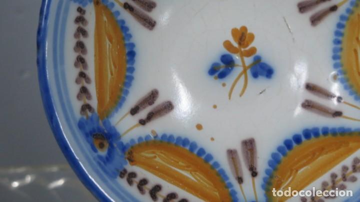 Antigüedades: ANTIGUO PLATO DE TALAVERA. SERIE PABELLONES. SIGLO XIX - Foto 4 - 218321653