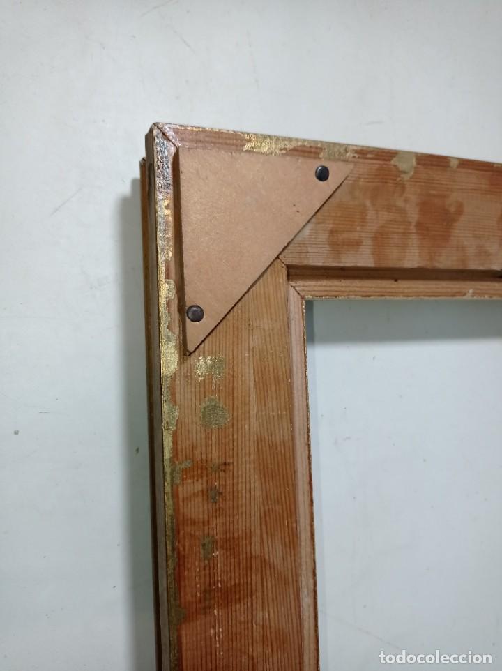 Antigüedades: Antiguo marco realizado en madera y pan de oro medidas interiores y exteriores fotografiadas - Foto 6 - 218329951