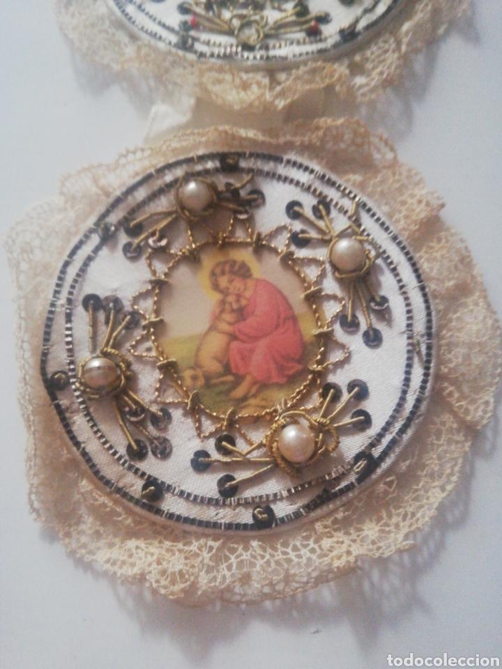 Antigüedades: Escapulario de cuna bordado - Foto 2 - 218350981