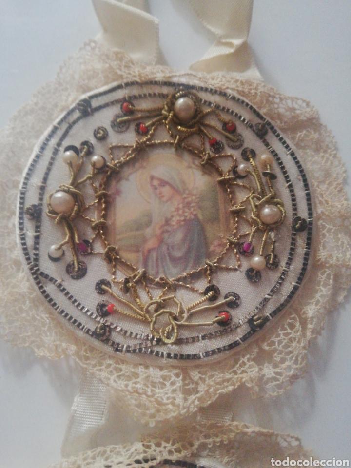 Antigüedades: Escapulario de cuna bordado - Foto 3 - 218350981