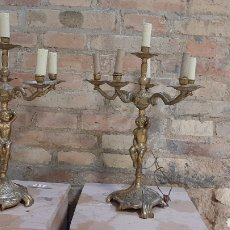 Antigüedades: PAREJA DE LAMPARAS DE LATON TIPO CANDELABROS. Lote 218358447