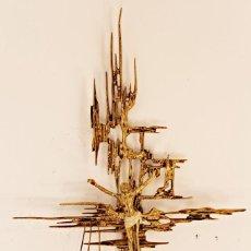 Antigüedades: CRUZ DE SAN JUAN SURREALSMO. VANGUARDISTA. AÑOS 60´S (1) - BRONCE DORADO Y PULIDO. Lote 218426147