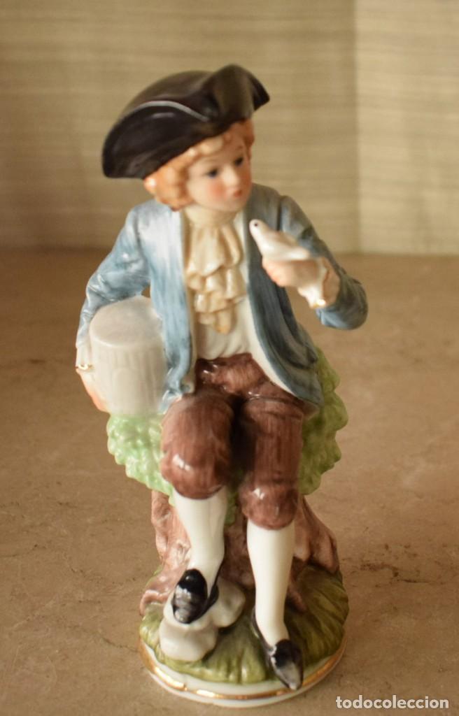 Antigüedades: Escultura dieciochesca de niño - Foto 2 - 218471497