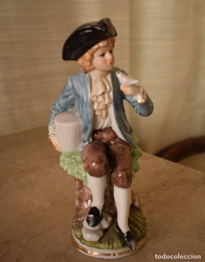Antigüedades: Escultura dieciochesca de niño - Foto 3 - 218471497