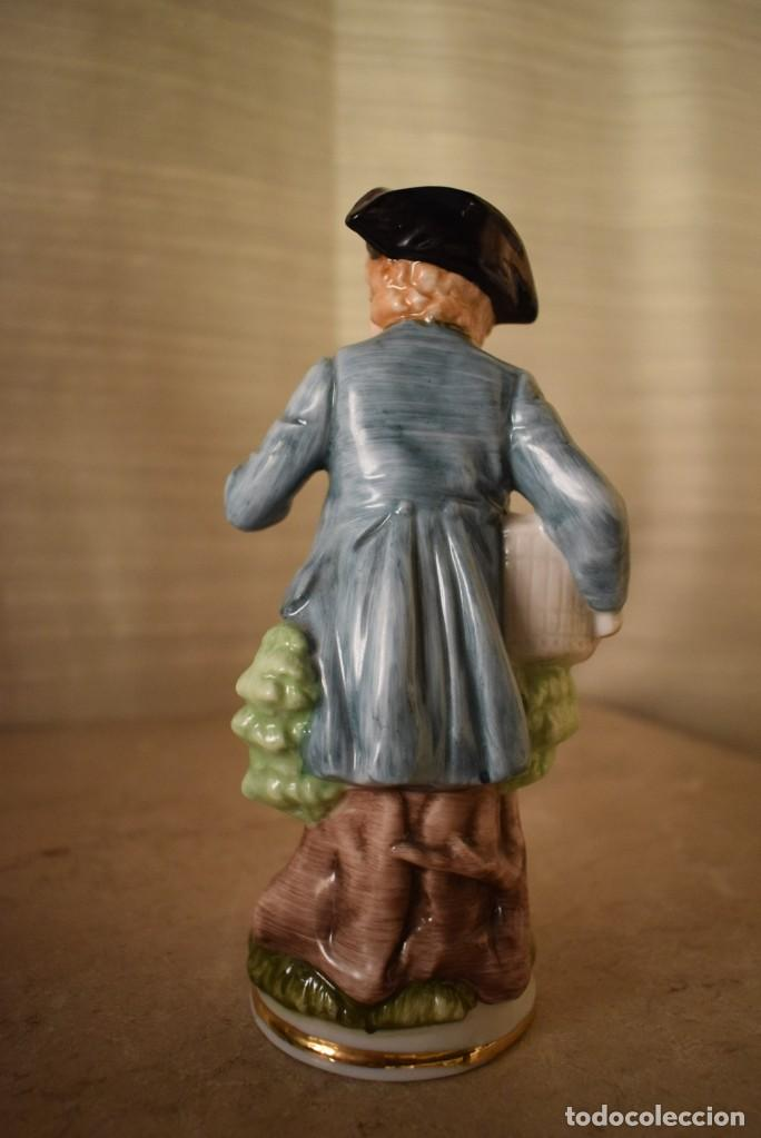 Antigüedades: Escultura dieciochesca de niño - Foto 4 - 218471497