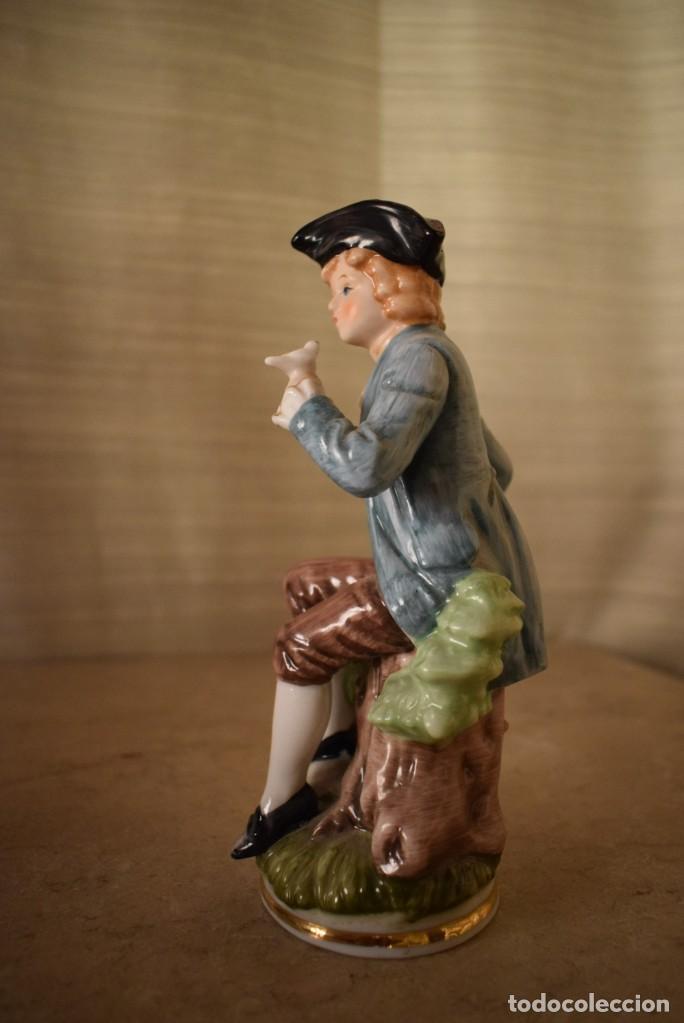 Antigüedades: Escultura dieciochesca de niño - Foto 5 - 218471497