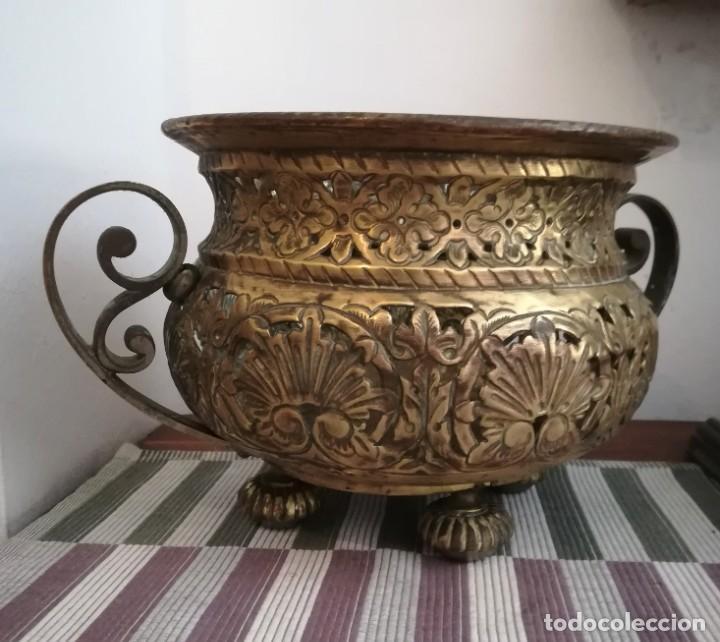 Antigüedades: Macetero bronce y latón - Foto 3 - 218475617