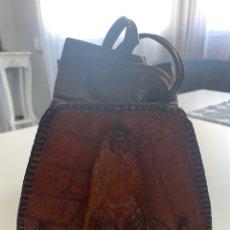 Antigüedades: BOLSO DE PIEL DE COCODRILO AUTÉNTICO. Lote 218487230