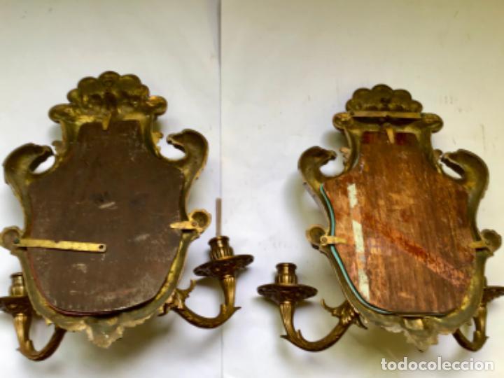 Antigüedades: ANTIGUA PAREJA DE 2 APLIQUES PARA VELAS CON ESPEJO , EN BRONCE , ESTILO VENECIANO - Foto 11 - 218510638