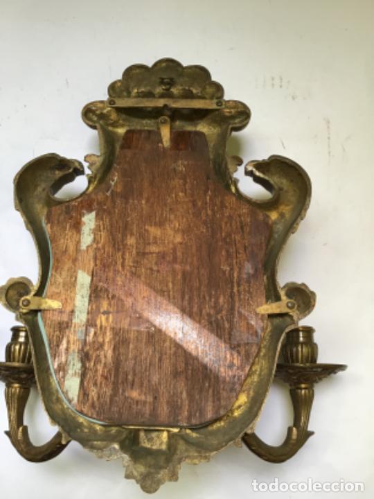 Antigüedades: ANTIGUA PAREJA DE 2 APLIQUES PARA VELAS CON ESPEJO , EN BRONCE , ESTILO VENECIANO - Foto 12 - 218510638