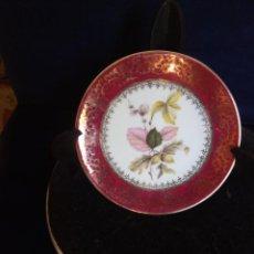 Antiquités: PLATO PORCELANA DECORADO FLORES - 12 CMS -LIMOGES. Lote 218519945