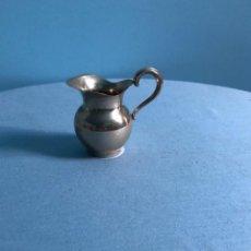 Antigüedades: PEQUEÑA JARRITA JARRA EN PLATA PUNZADA. Lote 218534103