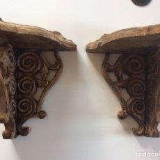 Antigüedades: 2 RINCONERAS DE MADERA DE OLIVO 30.5X20.5X20.5CM. Lote 218534250