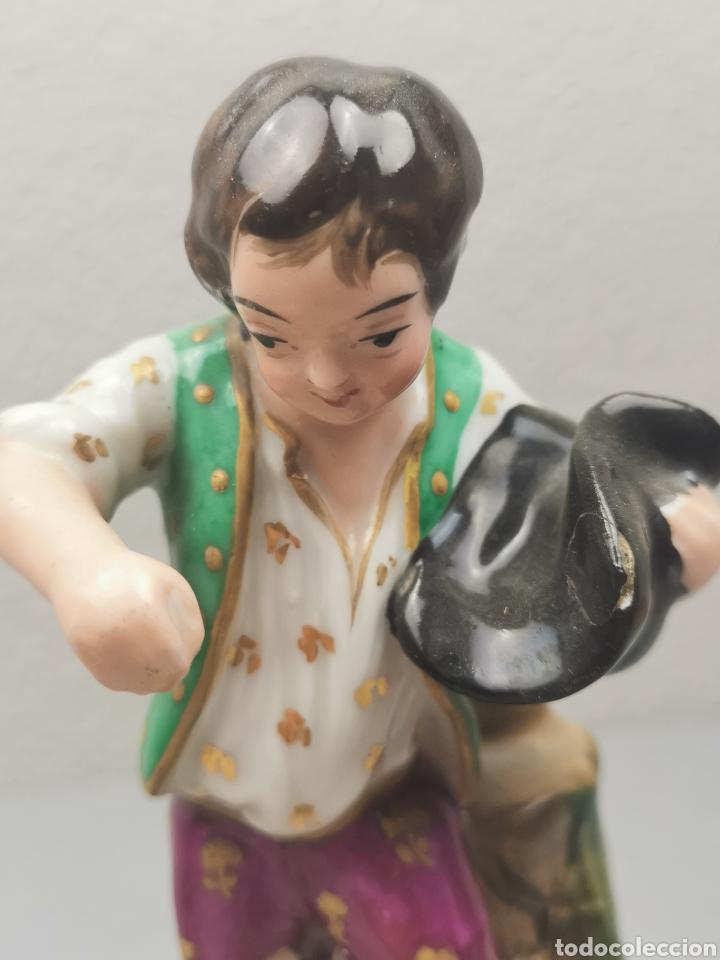 Antigüedades: Pareja de pastores. VIOLETEROS en porcelana Francesa. VIEJO PARIS. - Foto 8 - 218539701