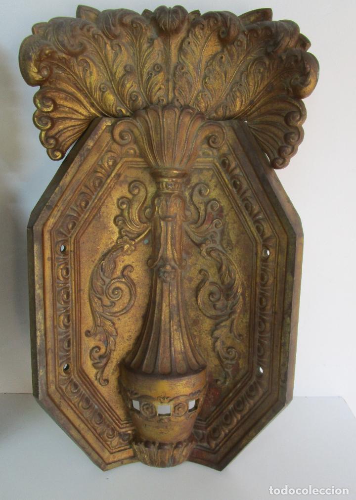 Antigüedades: Antigua Pareja de Paneles para Apliques, Decoración - Bronce Cincelado - 20 Kg Unidad - S. XIX - Foto 5 - 218560271