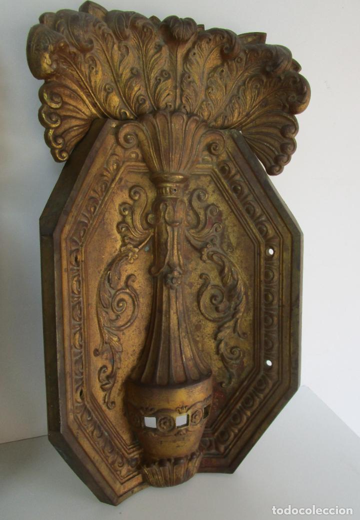 Antigüedades: Antigua Pareja de Paneles para Apliques, Decoración - Bronce Cincelado - 20 Kg Unidad - S. XIX - Foto 15 - 218560271