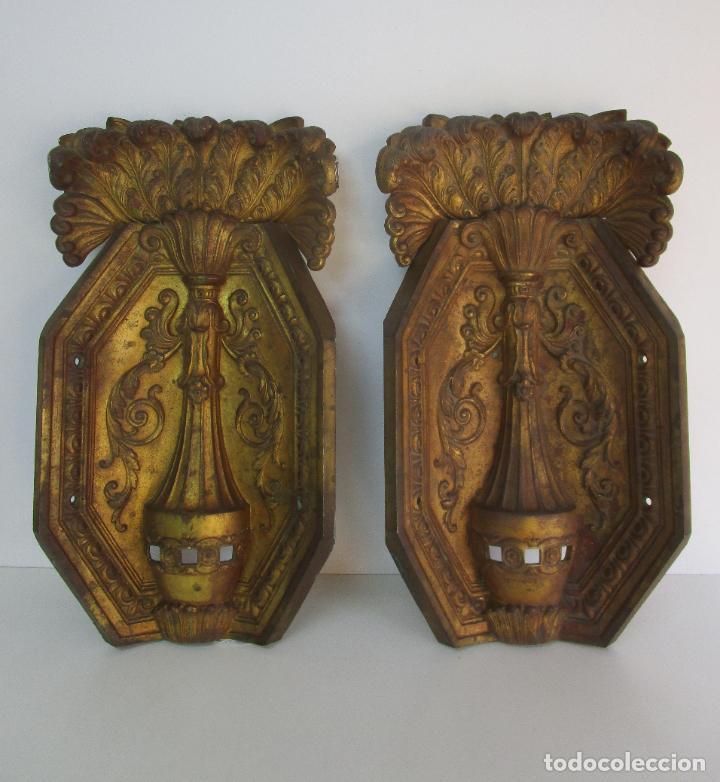 ANTIGUA PAREJA DE PANELES PARA APLIQUES, DECORACIÓN - BRONCE CINCELADO - 20 KG UNIDAD - S. XIX (Antigüedades - Iluminación - Apliques Antiguos)