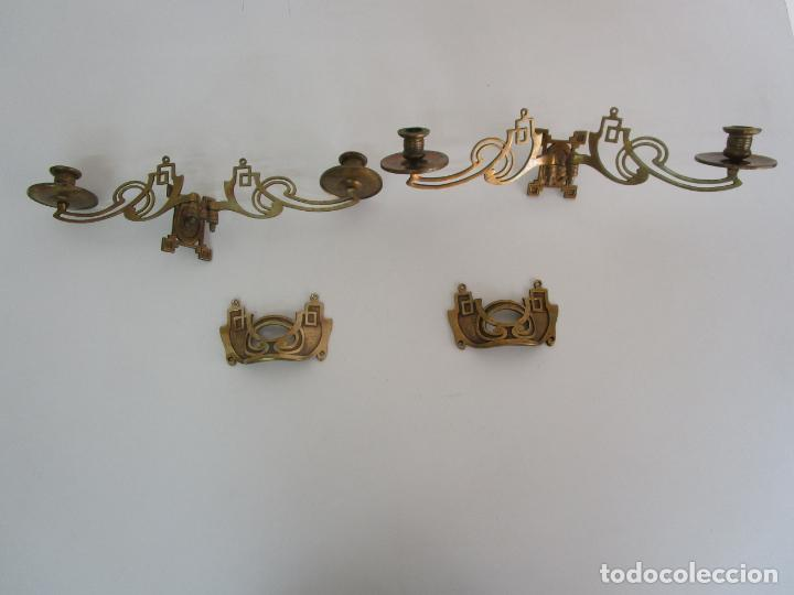 PAREJA DE CANDELABROS Y ASAS DE PIANO - ART NOUVEAU - BRONCE CINCELADO (Antigüedades - Iluminación - Candelabros Antiguos)