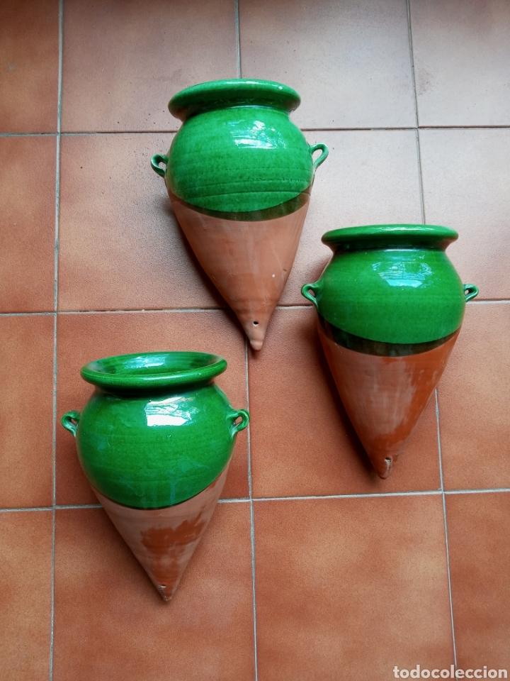 3 MACETEROS DE COLGAR LA BISBAL (Antigüedades - Porcelanas y Cerámicas - La Bisbal)