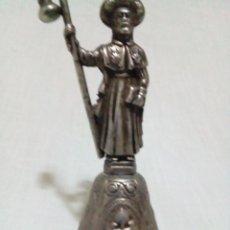 Antigüedades: CAMPANA DE METAL SANTIAGO DE COMPOSTELA. Lote 218637846