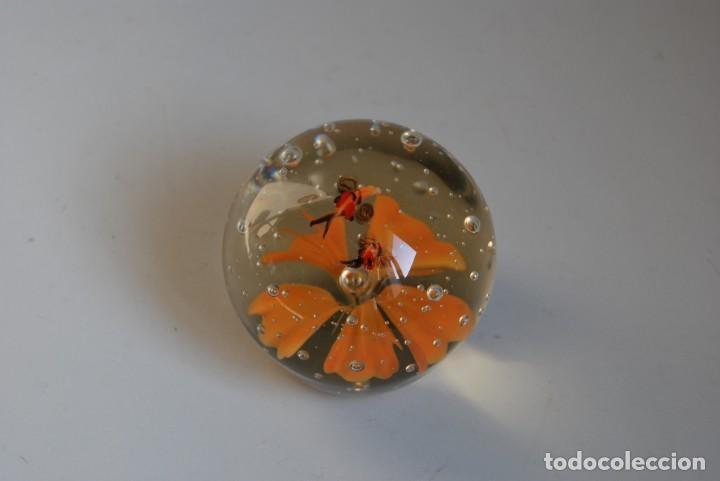 BOLA DE CRISTAL DE MURANO - PISAPAPELES (Antigüedades - Cristal y Vidrio - Murano)