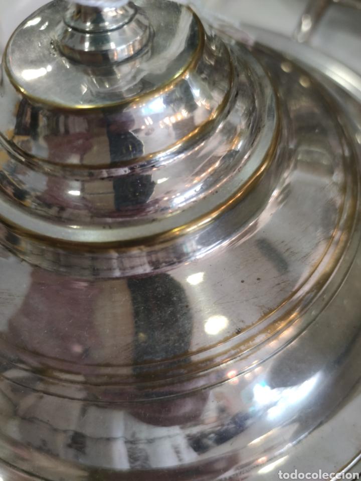 Antigüedades: Campana o plato de presentación con tapa baño de plata - Foto 6 - 218674218