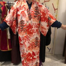 Antigüedades: KIMONO JAPONES CON PAGODAS. Lote 218676583