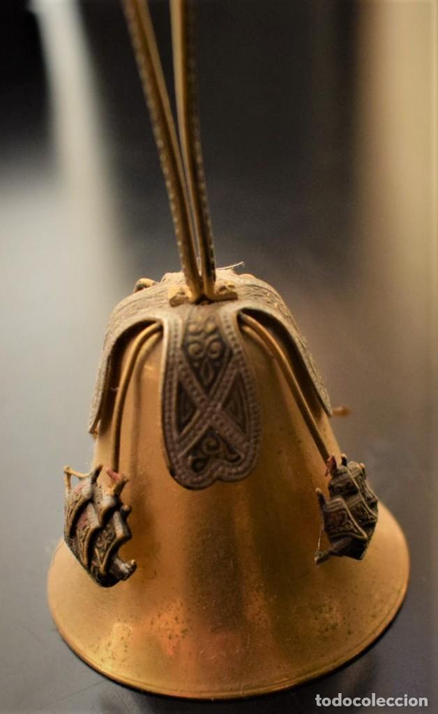 Antigüedades: Antigua campanita con las tres carabelas - Foto 3 - 218682506
