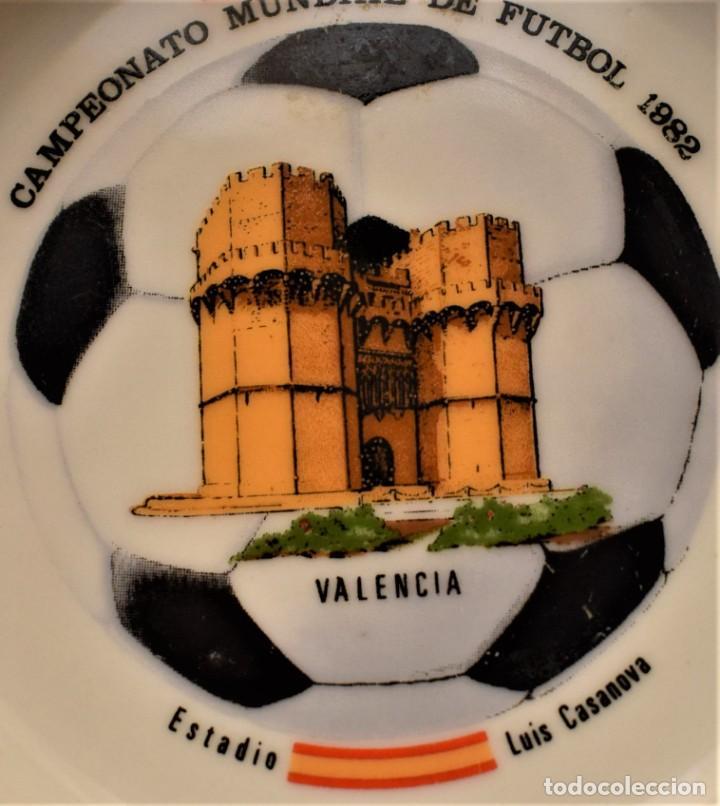 Antigüedades: Plato del Campeonato Mundial de Futbol de 1982 - Foto 2 - 218688292