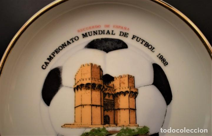 Antigüedades: Plato del Campeonato Mundial de Futbol de 1982 - Foto 3 - 218688292