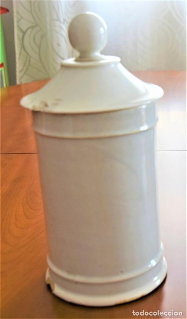 Antigüedades: LOTE DOS TARROS DE FARMACIA ANTIGUOS 24 CM ALTURA POMADA BELLADONA Y POMADA BREA - Foto 6 - 218701018