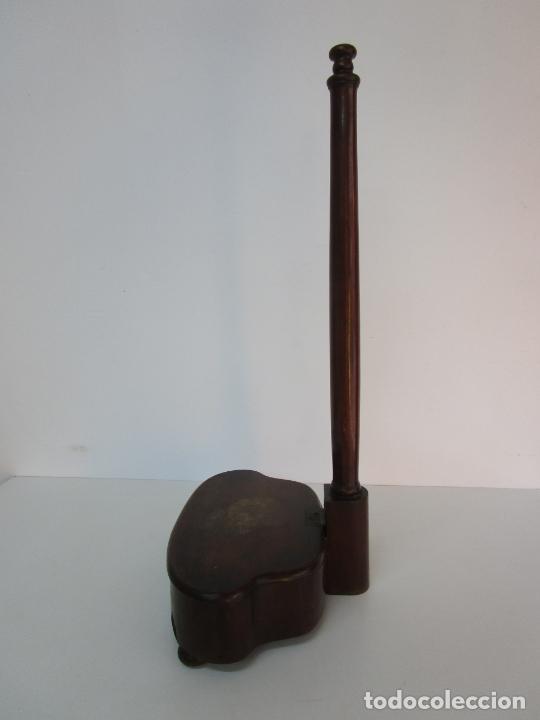 Antigüedades: Curioso Mueble Auxiliar - Soporte para Escupidera - Madera de Caoba - S. XIX - Foto 11 - 218711168
