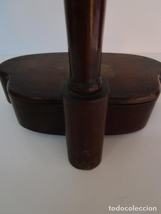 Antigüedades: Curioso Mueble Auxiliar - Soporte para Escupidera - Madera de Caoba - S. XIX - Foto 16 - 218711168